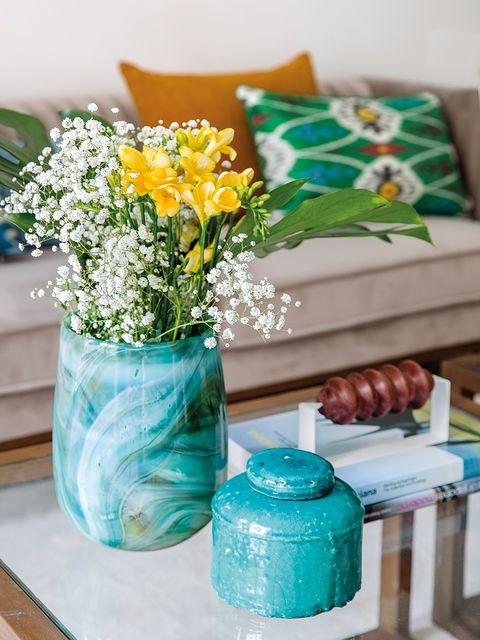 Blue, Aqua, Turquoise, Green, Mason jar, Table, Flower, Teal, Flowerpot, Cut flowers,