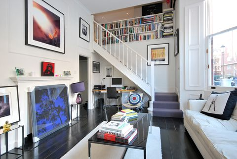 Living room, Room, Interior design, Property, Furniture, Building, Wall, House, Home, Floor,