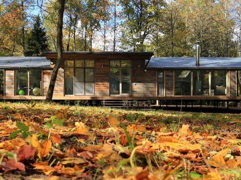 Casa prefabricada en el bosque