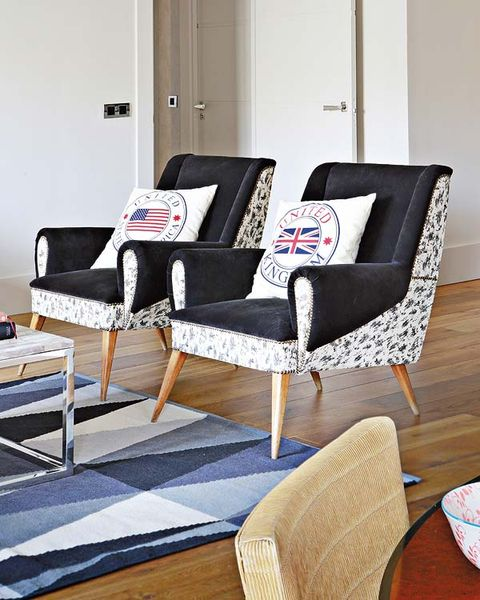 Floor, Room, Furniture, Flooring, Grey, Hardwood, Plate, Design, Armrest, Wood flooring,