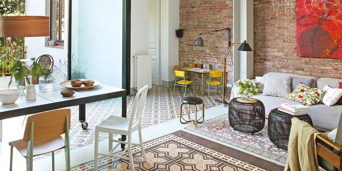 Una casa moderna con jard n interior for Casa moderna jardines