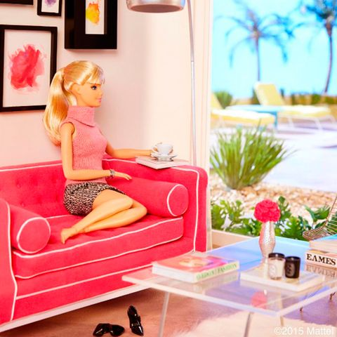 Pink, Doll, Cartoon, Room, Toy, Furniture, Barbie, Table, Living room, Interior design,