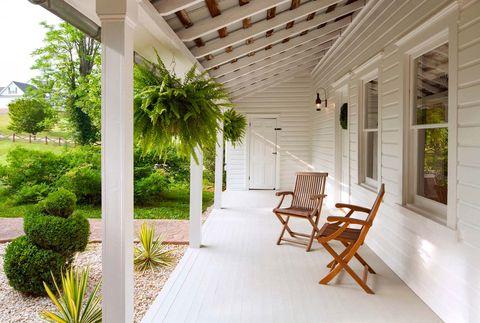 Property, Building, House, Real estate, Porch, Home, Room, Interior design, Ceiling, Furniture,