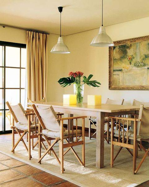 Wood, Yellow, Room, Interior design, Floor, Furniture, Table, Light fixture, Flooring, Ceiling,