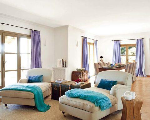 Wood, Blue, Room, Interior design, Floor, Flooring, Property, Textile, Wall, Hardwood,