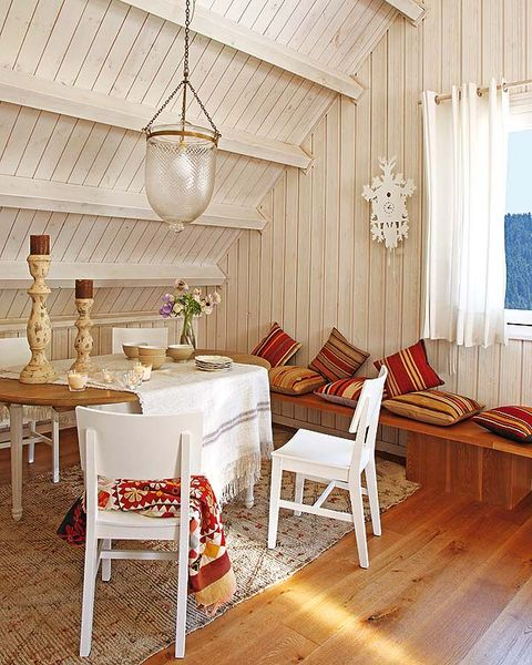 Wood, Room, Floor, Interior design, Lighting, Flooring, Textile, Light fixture, Furniture, Ceiling,