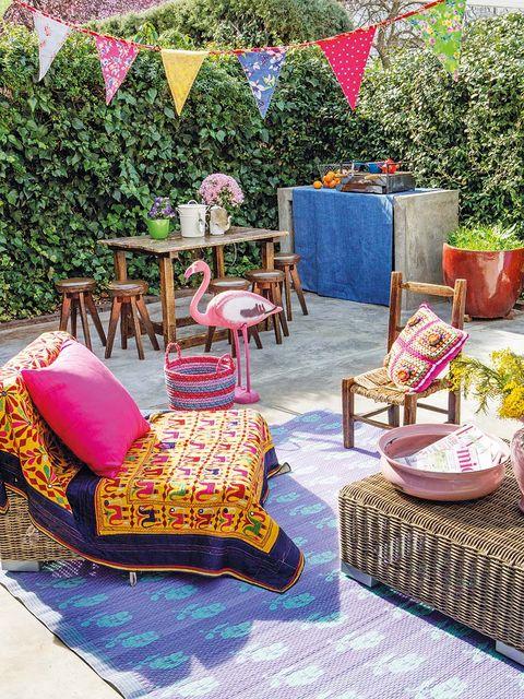Flowerpot, Purple, Pink, Garden, Magenta, Lavender, Home accessories, Decoration, Shrub, Houseplant,
