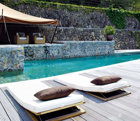 Home accessories, Rectangle, Mat, Swimming pool, Linens, Towel, Water feature,