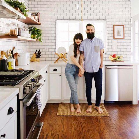 White, Room, Floor, Kitchen, Property, Tile, Wood flooring, Flooring, Home, Furniture,
