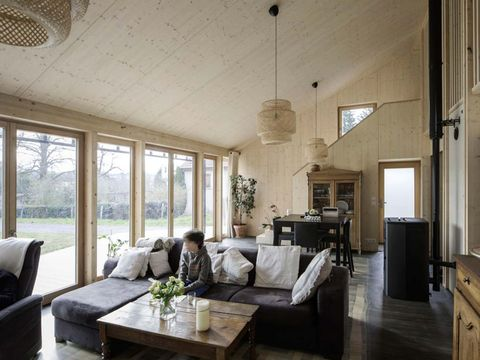 Room, Property, Ceiling, Interior design, Building, Living room, Furniture, House, Table, Floor,