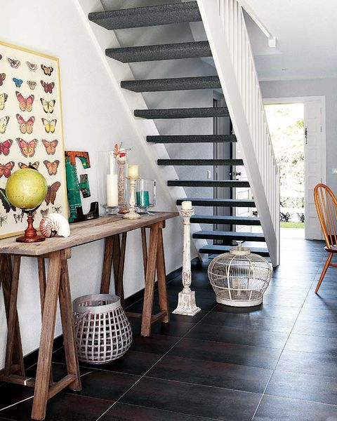 Stairs, Floor, Room, Interior design, Flooring, Ceiling, Home, Interior design, House, Fruit,
