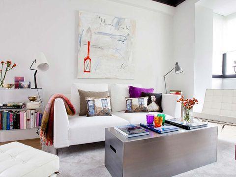Room, Interior design, Wall, Home, Furniture, Interior design, Living room, Linens, Floor, Pillow,