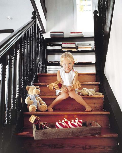 Wood, Stairs, Baby & toddler clothing, Home, Interior design, Handrail, Toddler, Curtain, Foot, Baluster,