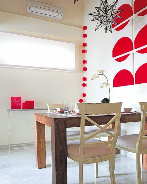 Room, Interior design, Wood, Floor, Furniture, Table, Ceiling, Wall, Flooring, Chair,