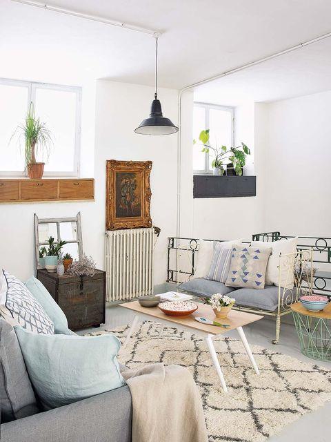 Room, Interior design, Living room, Home, Furniture, Wall, Floor, Interior design, Flooring, Ceiling,