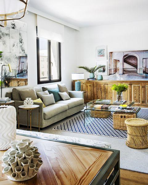 piso familiar y moderno salón