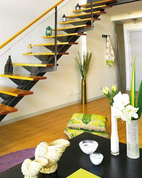 Stairs, Yellow, Interior design, Room, Interior design, Home accessories, Handrail, Bouquet, Centrepiece, Baluster,