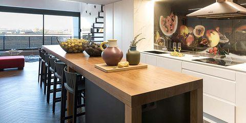 Countertop, Room, Furniture, Property, Interior design, Building, Kitchen, Ceiling, Floor, Cabinetry,