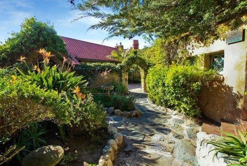 Property, Vegetation, House, Cottage, Real estate, Building, Botany, Garden, Home, Rural area,