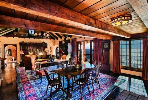 Property, Room, Building, Real estate, Interior design, Restaurant, House, Home, Estate, Furniture,