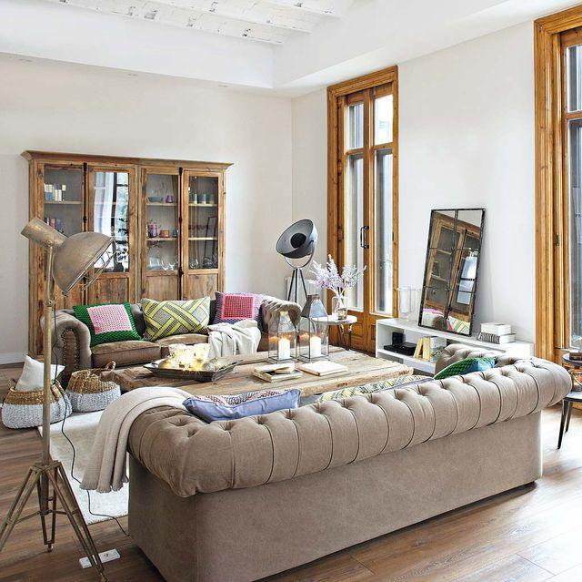 piso moderno con pasado señorial salón
