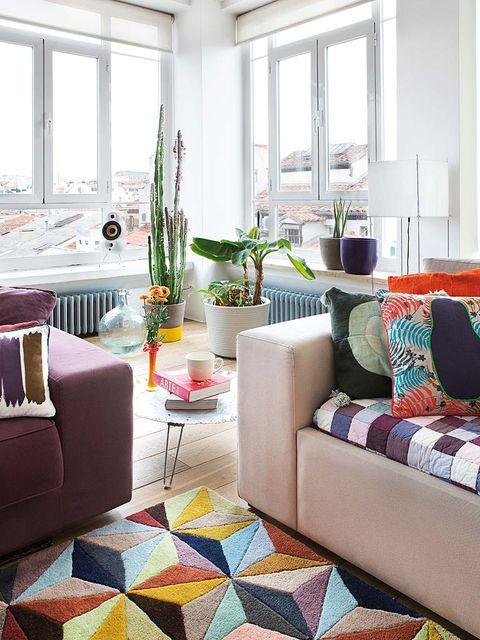 Interior design, Room, Textile, Floor, Furniture, Living room, Flooring, Interior design, Home, Glass,