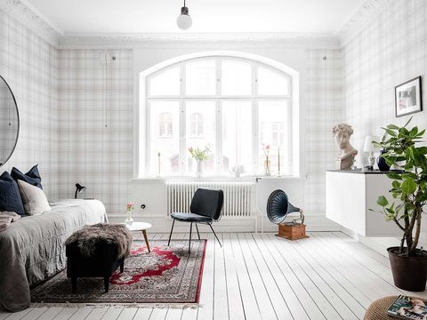 Living room, Room, White, Furniture, Interior design, Property, Floor, Building, Home, Wall,