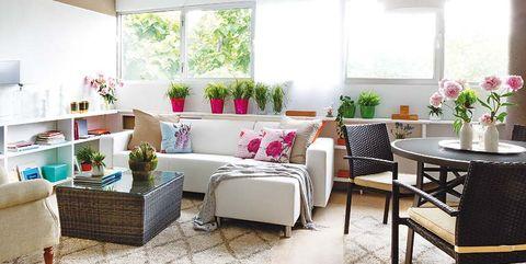 Interior design, Room, Floor, Flooring, Furniture, Table, Ceiling, Interior design, Wall, Couch,