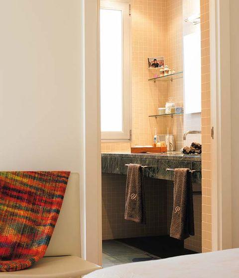 Interior design, Room, Textile, Wall, Floor, Flooring, Interior design, Fixture, Linens, Window treatment,