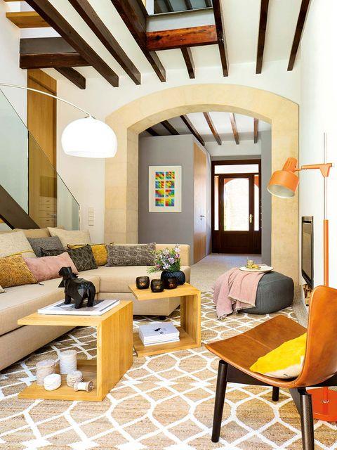 Lighting, Room, Interior design, Yellow, Floor, Flooring, Ceiling, Furniture, Wall, Home,
