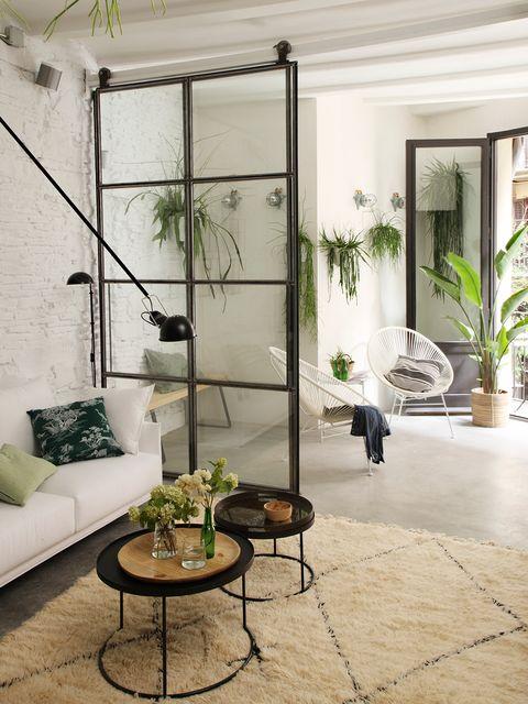 Precioso piso rehabilitado: salón con terraza