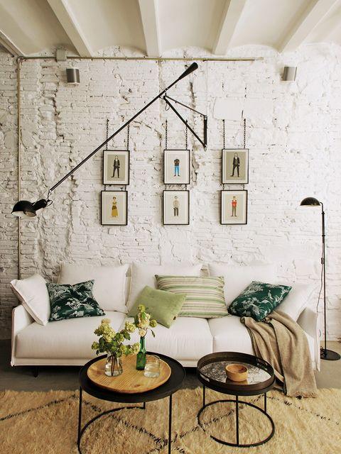 Precioso piso rehabilitado: sofá blanco