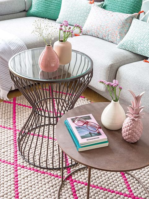 Coffee table, Table, Furniture, Pink, Room, Interior design, Living room, Home, Textile,