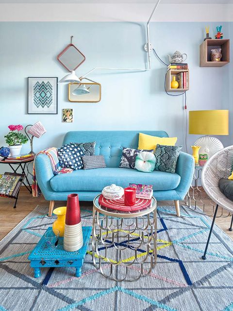 Blue, Room, Interior design, Green, Yellow, Furniture, Living room, Wall, Home, Couch,