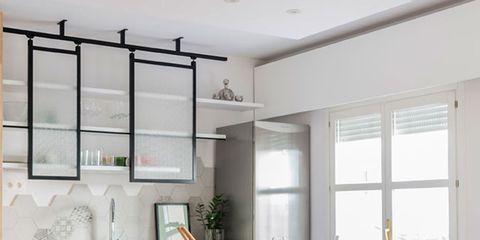 Room, Interior design, Floor, Glass, Ceiling, Flooring, Interior design, Fixture, Countertop, Light fixture,