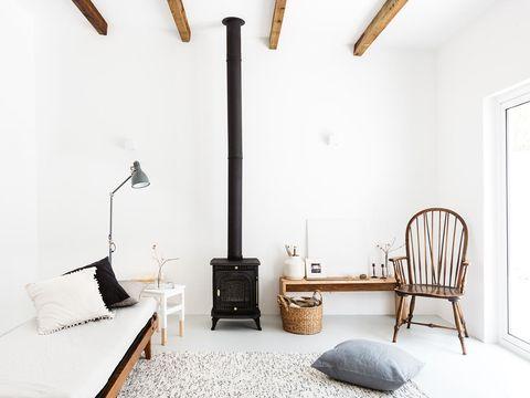 Wood, Room, Interior design, Bed, Textile, Wall, Floor, Furniture, Bedding, Linens,