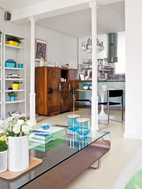 Un piso de 60 m² con elegancia retro