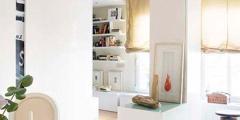 Serveware, Dishware, Room, Interior design, Drinkware, Table, Furniture, Coffee cup, Interior design, Porcelain,