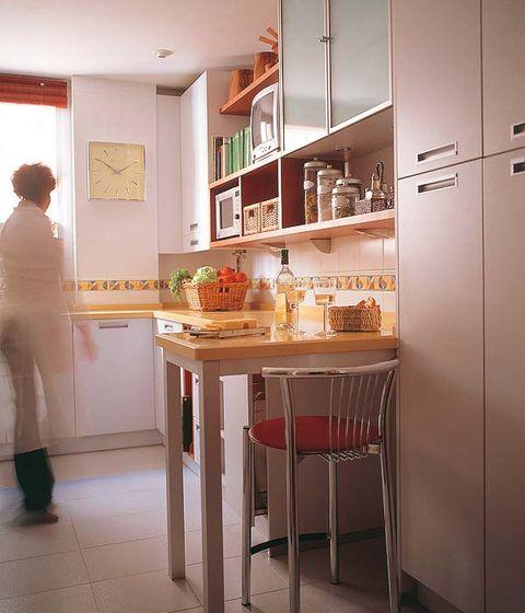 Interior design, Room, Floor, Furniture, Countertop, Flooring, Cupboard, Orange, House, Shelf,