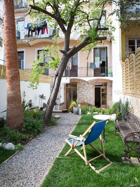 Window, Neighbourhood, Furniture, Outdoor furniture, Building, Residential area, Real estate, House, Fixture, Home,