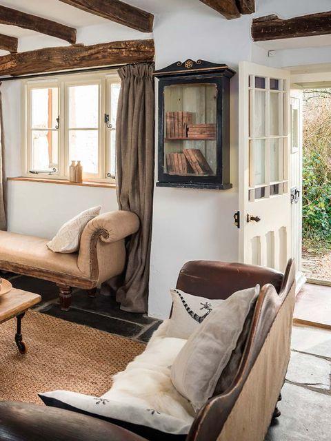Wood, Brown, Room, Interior design, Wall, Ceiling, Floor, Hardwood, Interior design, Fixture,