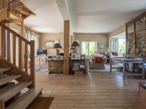 Wood, Interior design, Room, Floor, Hardwood, Flooring, Ceiling, Interior design, Wood flooring, Real estate,