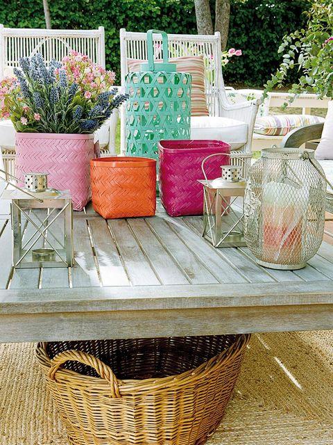 Flowerpot, Wicker, Table, Porch, Furniture, Basket, Coffee table, Plant, Storage basket, Picnic basket,