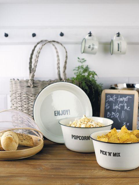 Dishware, Cuisine, Serveware, Food, Ingredient, Tableware, Dish, Popcorn, Porcelain, Bowl,