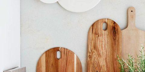Wood, Hardwood, Wood stain, Serveware, Tableware, Drinkware, Plywood, Still life photography, Dishware, Cup,