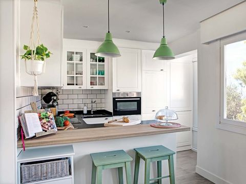 Countertop, Room, Kitchen, Green, Furniture, White, Property, Cabinetry, Interior design, Home,