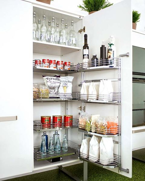 Bottle, Shelving, Shelf, Glass bottle, Drink, Collection, Distilled beverage, Wine bottle, Display case, Home accessories,