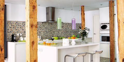 Wood, Floor, Flooring, Room, Interior design, Countertop, Wall, Glass, Interior design, Tile,