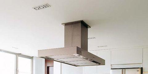 Room, Floor, Interior design, Glass, White, Countertop, Flooring, Serveware, Wall, Home,