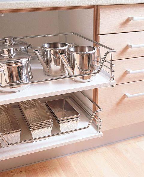 Metal, Kitchen appliance accessory, Steel, Kitchen utensil, Hardwood, Aluminium, Silver, Serveware, Household silver, Nickel,